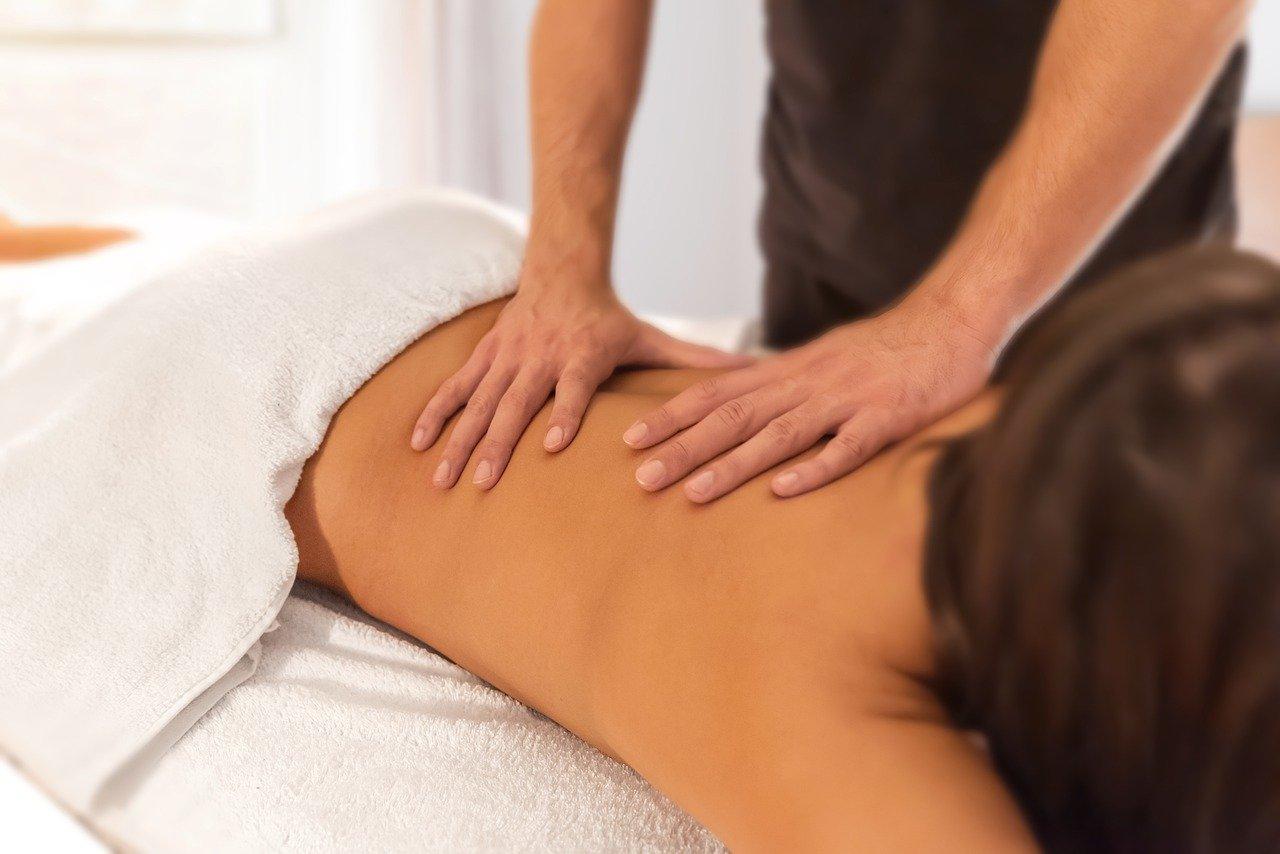 Quelle hauteur pour une table de massage pliante?